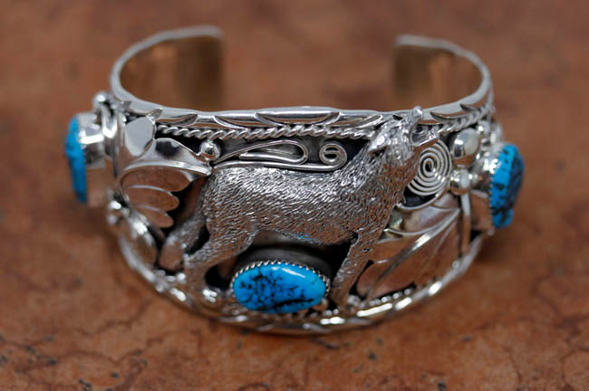 Navajo Silver Turquoise Wolf Bracelet