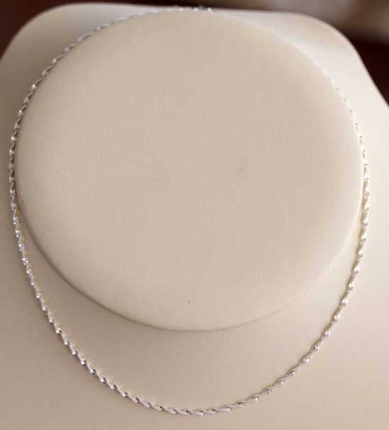 925 Sterling Silver 18 Inch Long Twist Magic Chain
