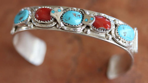 Zuni Native American Indian Stone Bracelet by Effie C.